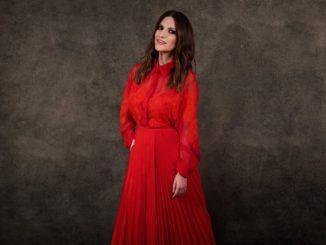 La cantante Laura Pausini ganadora de su primer Globo de Oro