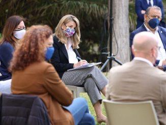 Ministra de Trabajo garantiza los ERTE «el tiempo que sea necesario»