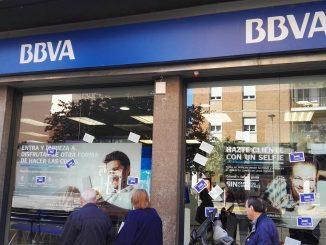 BBVA despide a 3.800 empleados y cierra 530 oficinas en España