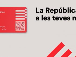 Carles Puigdemont presenta una clase de 'DNI Catalán'