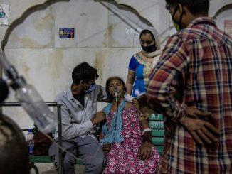 España toma medidas para viajeros que lleguen de la India