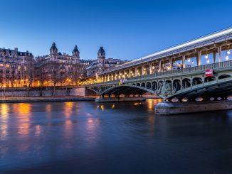 Francia investiga a varios ministros por violar el confinamiento