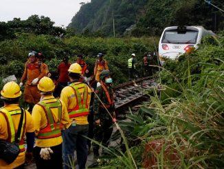 Al menos 36 muertos en accidente de tren en Taiwán