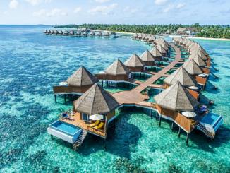 Maldivas vacunará a quienes lleguen a su aeropuerto