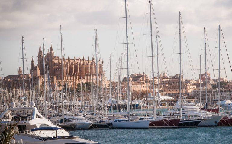 Toque de queda a medianoche en Baleares