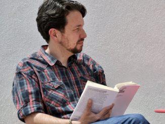 Iglesias se corta la coleta una vez finalizada su trayectoria política