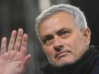 José Mourinho ahora entrenará a la Roma en la siguiente temporada