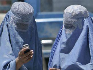 La historia de una mujer afgana condenada a 40 latigazos
