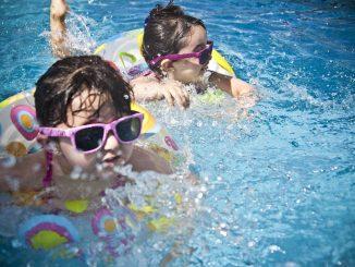 cómo limpiar una piscina