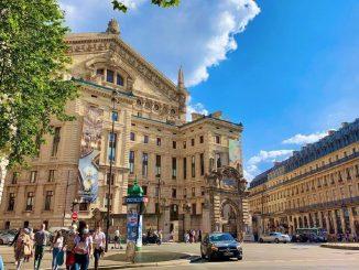 Francia anuncia el retiro del uso obligatorio de mascarillas en exteriores