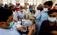 Pakistán bloqueará las tarjetas SIM a quienes no se han vacunado