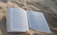 Libros para la playa: qué leer bajo la sombrilla