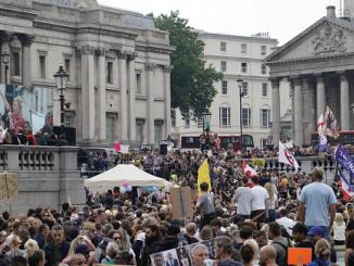 Protestas mundiales ante restricciones