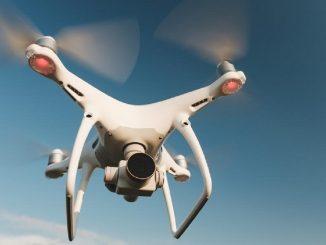 Los Emiratos Árabes crean lluvia artificial usando drones