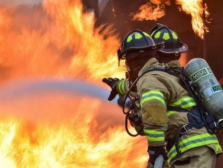 Un superviviente de un incendio mortal encuentra el amor verdadero