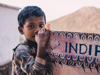 India quiere promover la política de dos hijos
