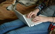 Menor de edad vendía sus fotos sexys en redes sociales