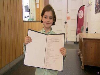 Un menor belga de 11 años se graduó de Física en sólo 9 meses