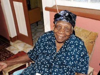 Violet Brown, la mujer más anciana del mundo muere a los 117 años