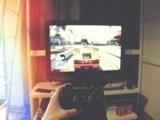 Gamer electrocutado por un rayo a través de la videoconsola