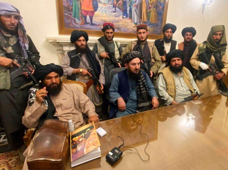 El poder talibán impone nuevas normas a la población afgana