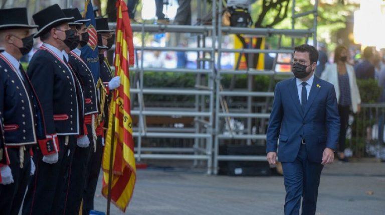 Aragonès echa a Junts de la mesa de diálogo
