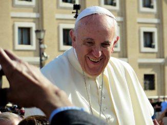 Papa Francisco desmiente su renuncia